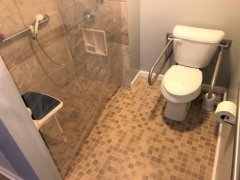 bath1room0.jpg